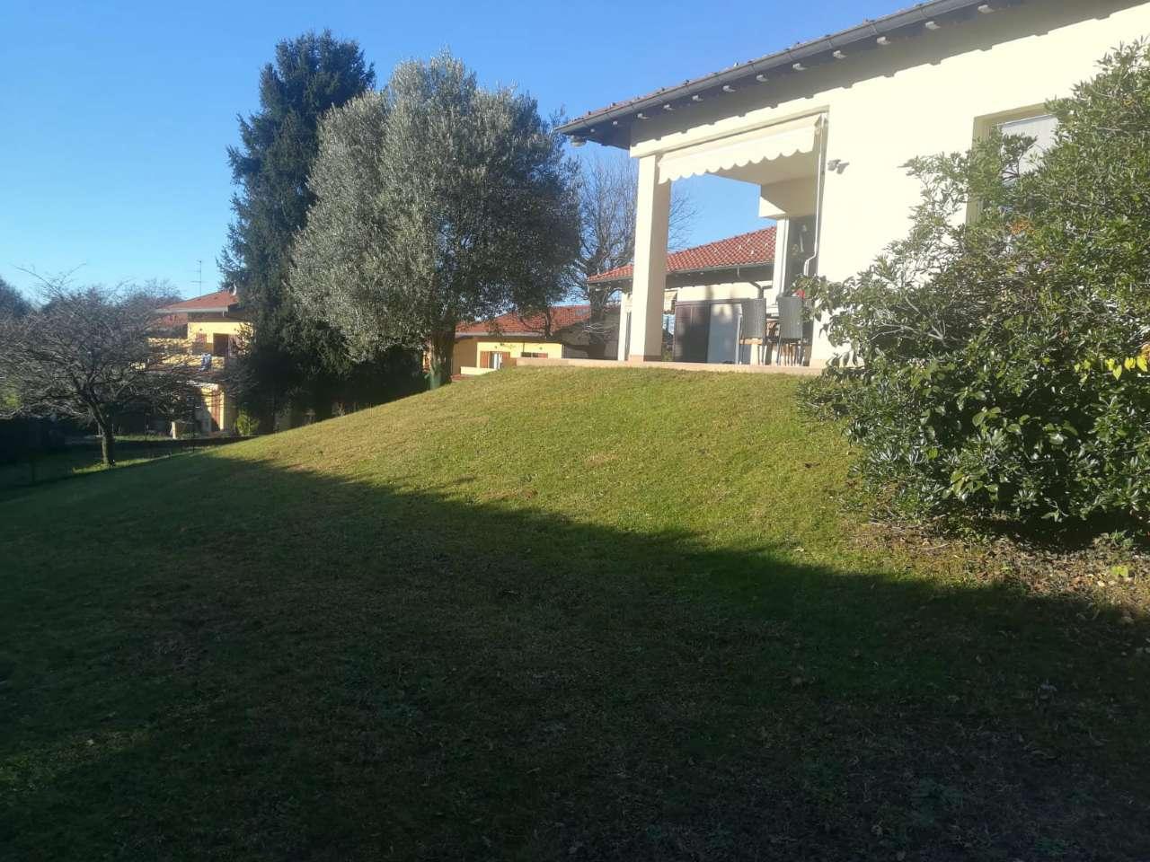 Villa in vendita a Capiago Intimiano, 4 locali, prezzo € 530.000 | PortaleAgenzieImmobiliari.it