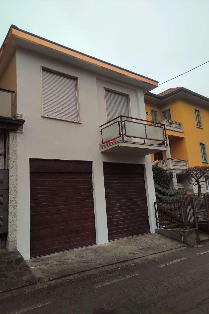 Negozio / Locale in affitto a Cantù, 2 locali, prezzo € 700 | PortaleAgenzieImmobiliari.it