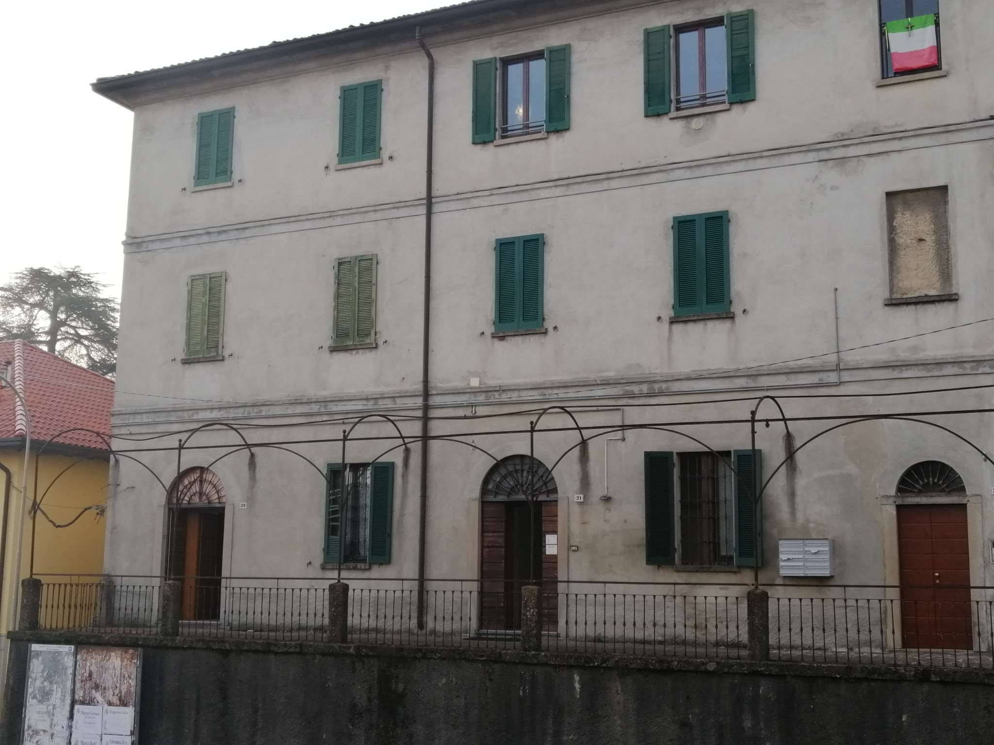 Appartamento in vendita a Lambrugo, 4 locali, prezzo € 85.000 | PortaleAgenzieImmobiliari.it