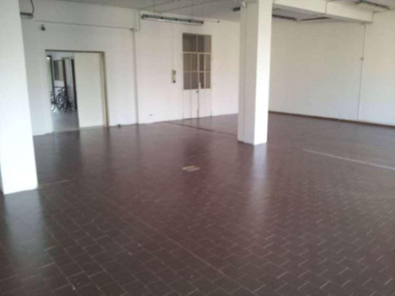 Ufficio / Studio in affitto a Cantù, 6 locali, prezzo € 900 | PortaleAgenzieImmobiliari.it