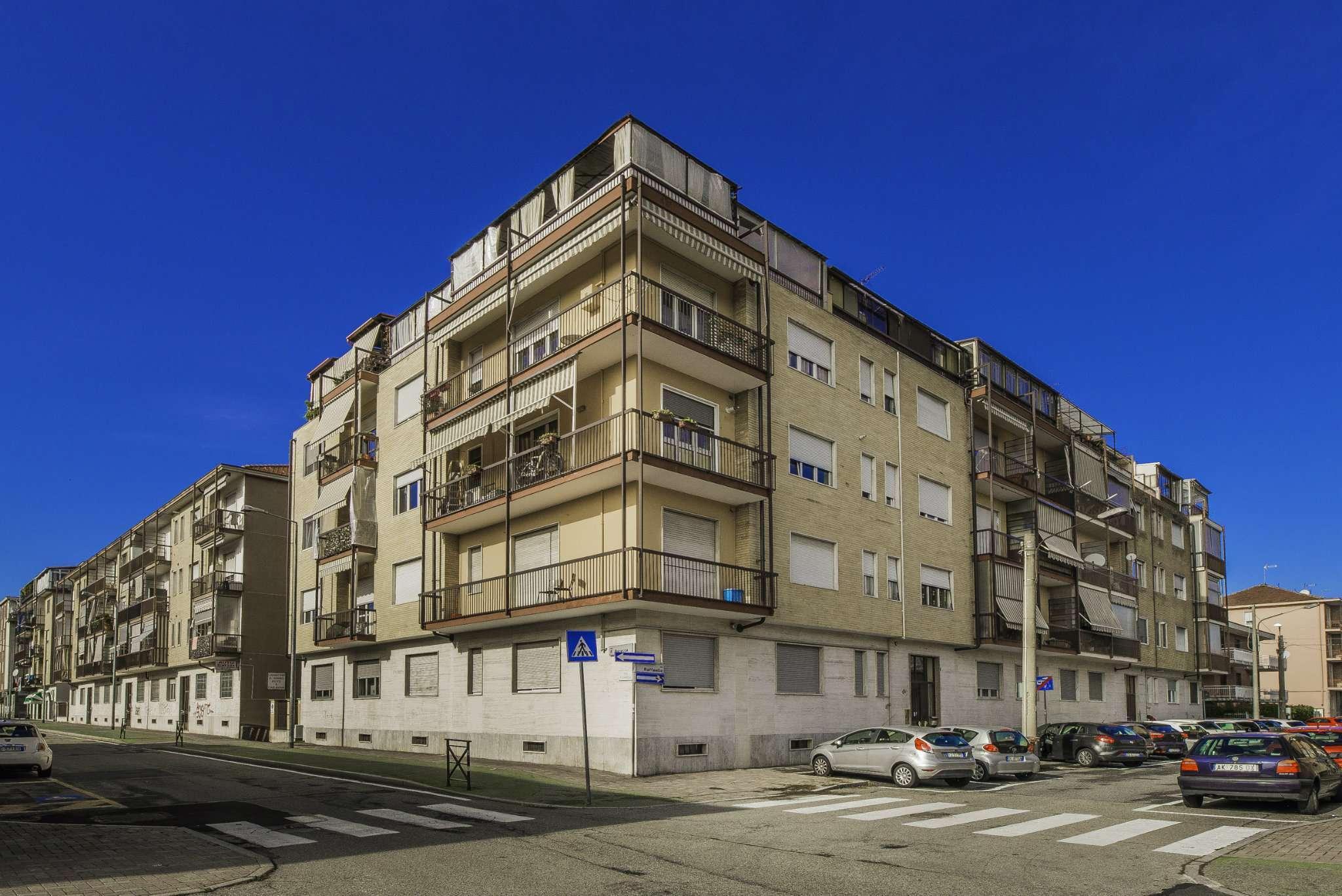 Appartamento in vendita via Raffaello Grugliasco