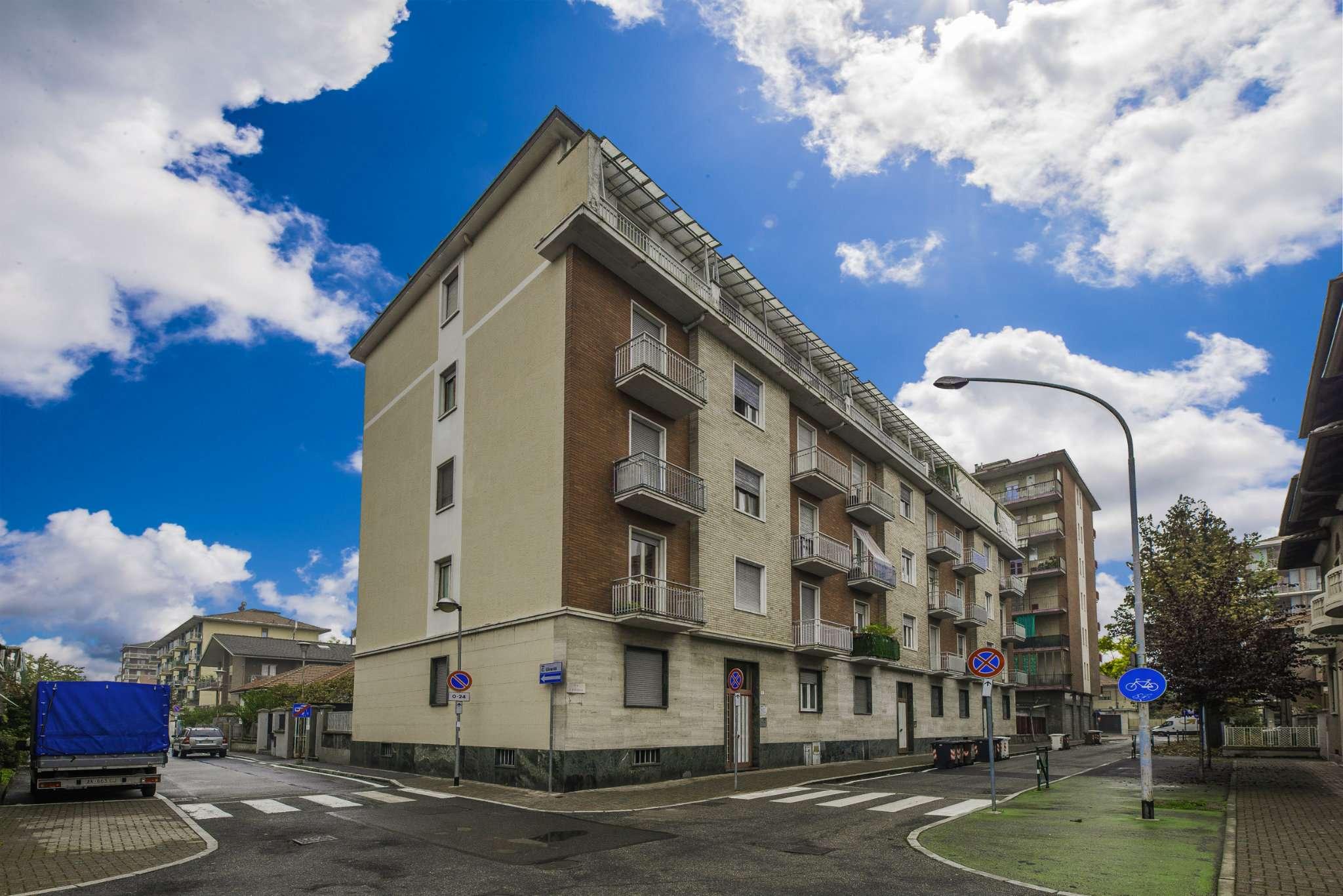 Appartamento in vendita via Baracca Grugliasco