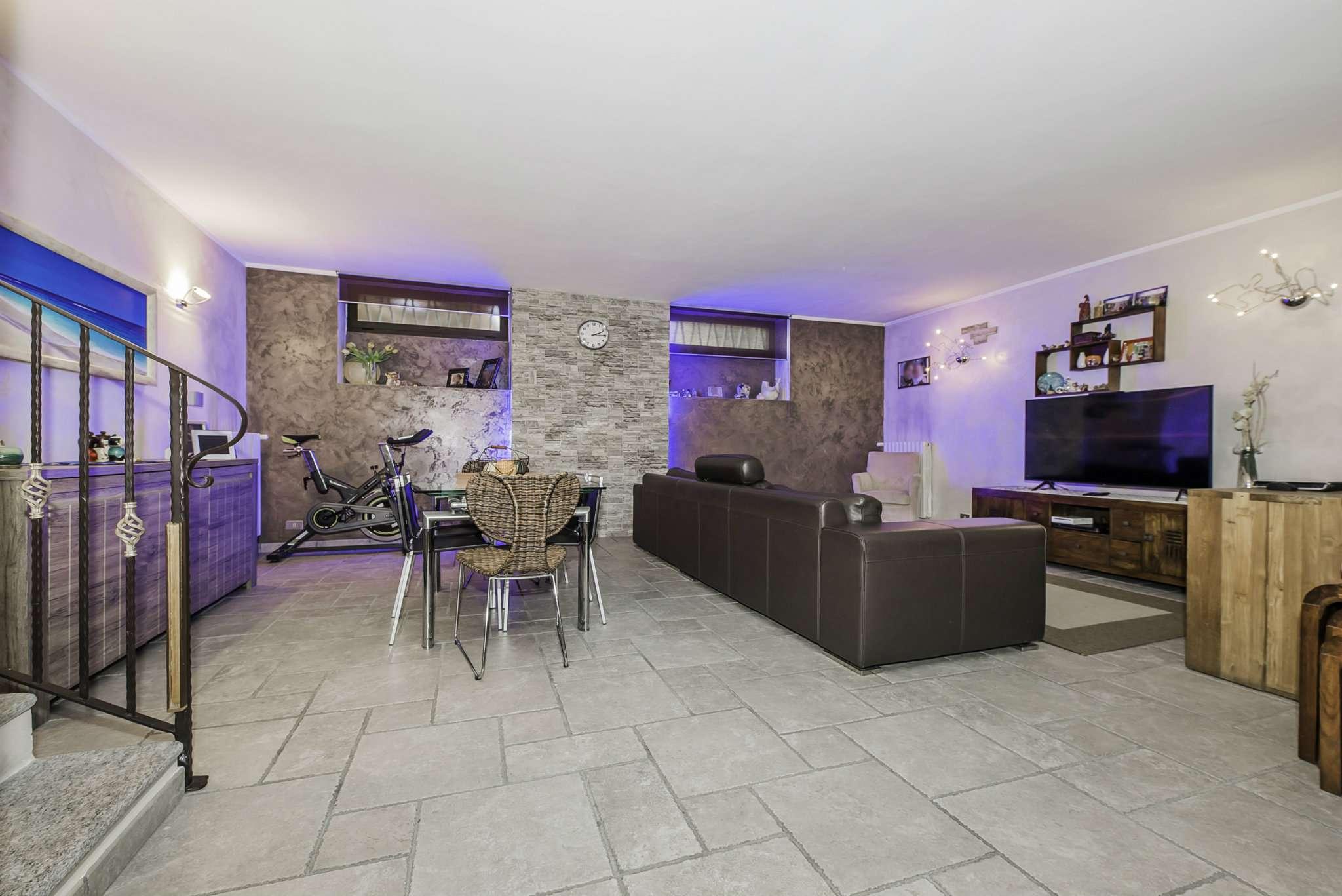Appartamento in vendita via Michelangelo Grugliasco