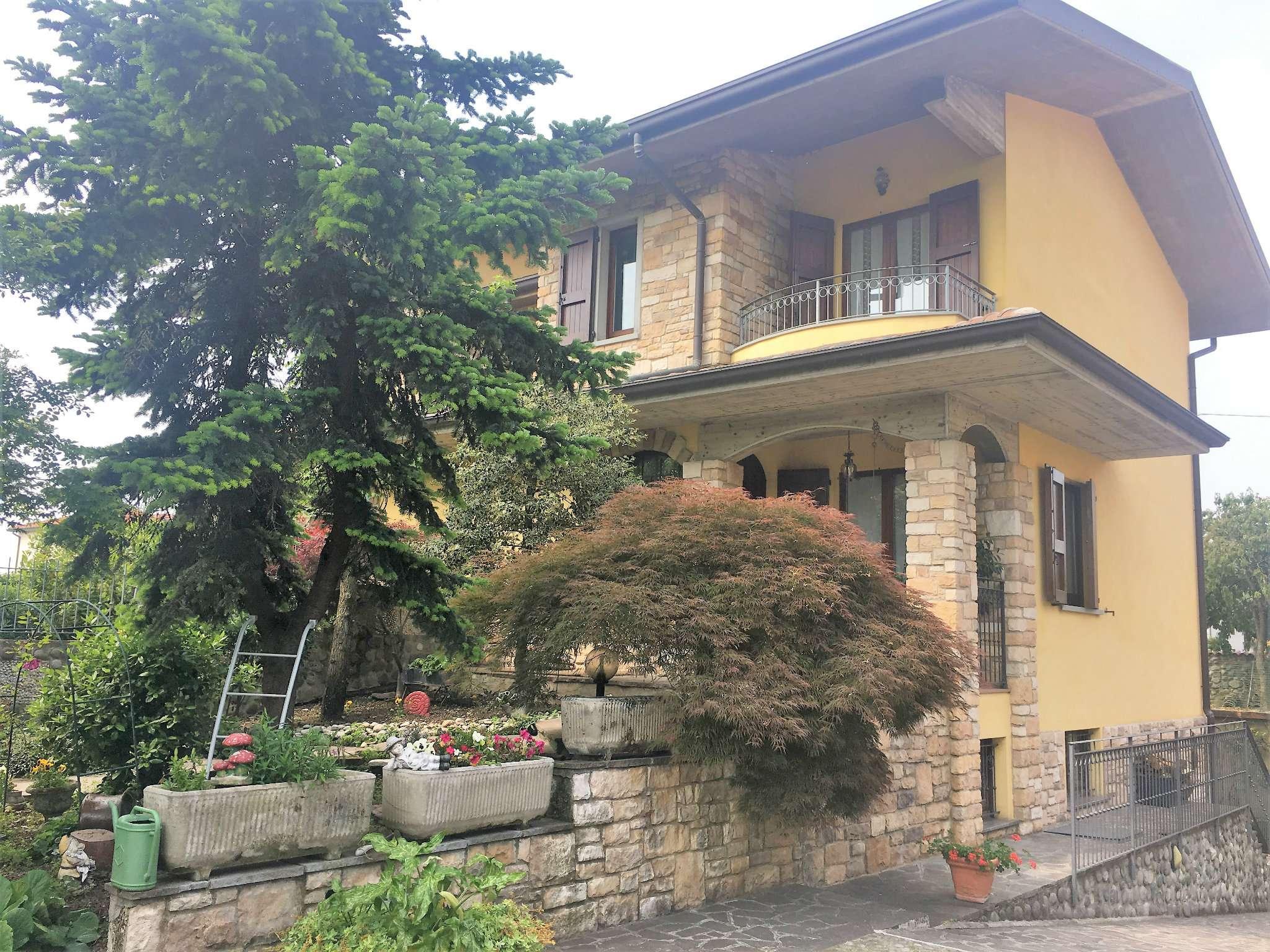 Villa Bifamiliare in vendita a Pognano, 5 locali, prezzo € 260.000 | PortaleAgenzieImmobiliari.it