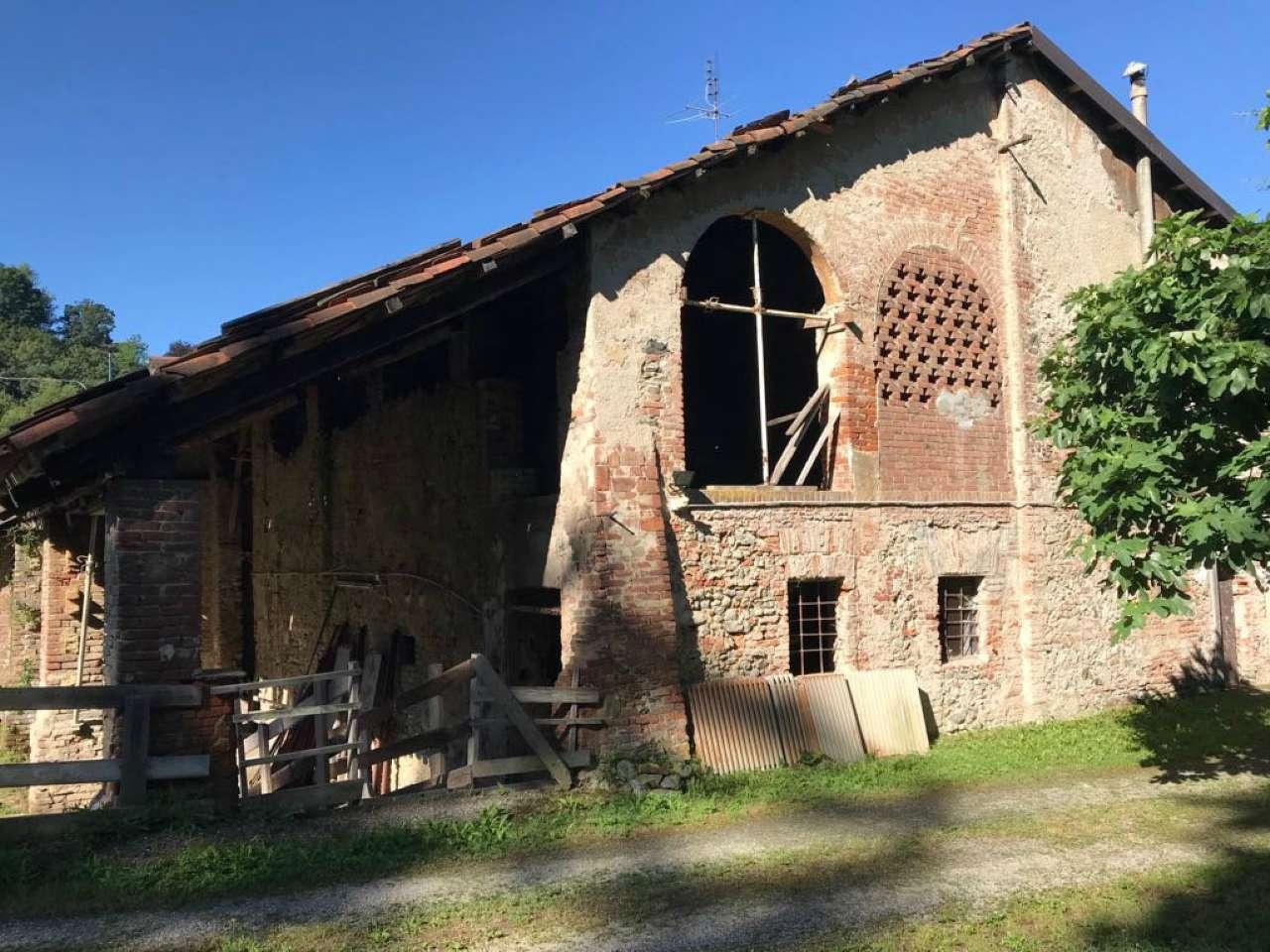 Rustico / Casale da ristrutturare in vendita Rif. 7337429