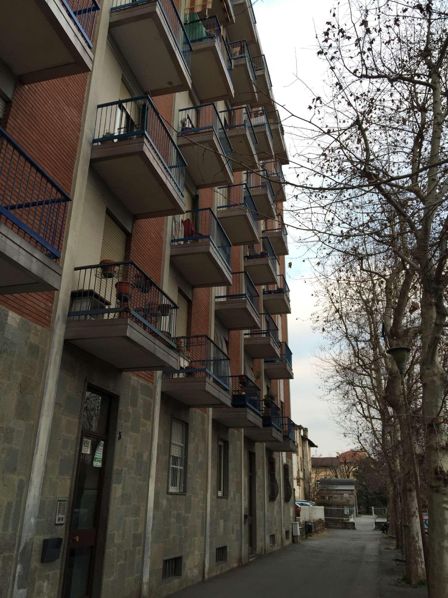 Appartamento in buone condizioni arredato in affitto Rif. 9179130