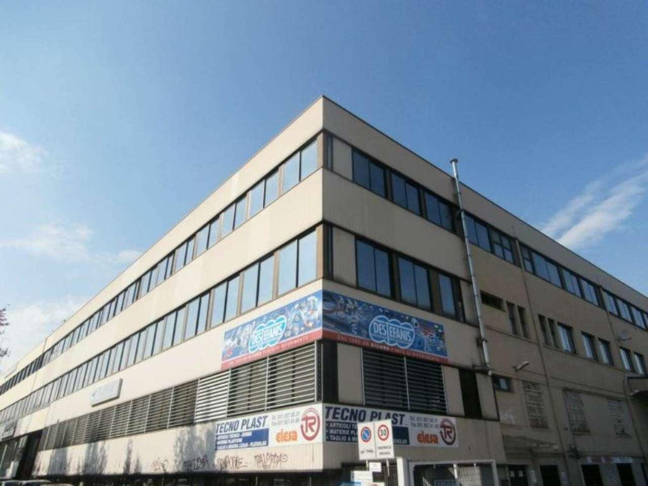 Immobile Commerciale in vendita a Rivoli, 10 locali, prezzo € 2.400.000 | CambioCasa.it
