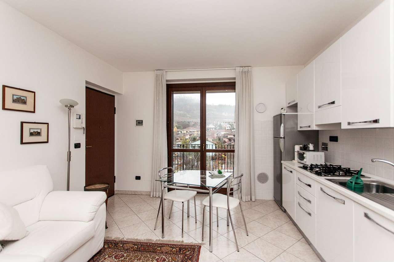 Appartamento parzialmente arredato in vendita Rif. 5590648
