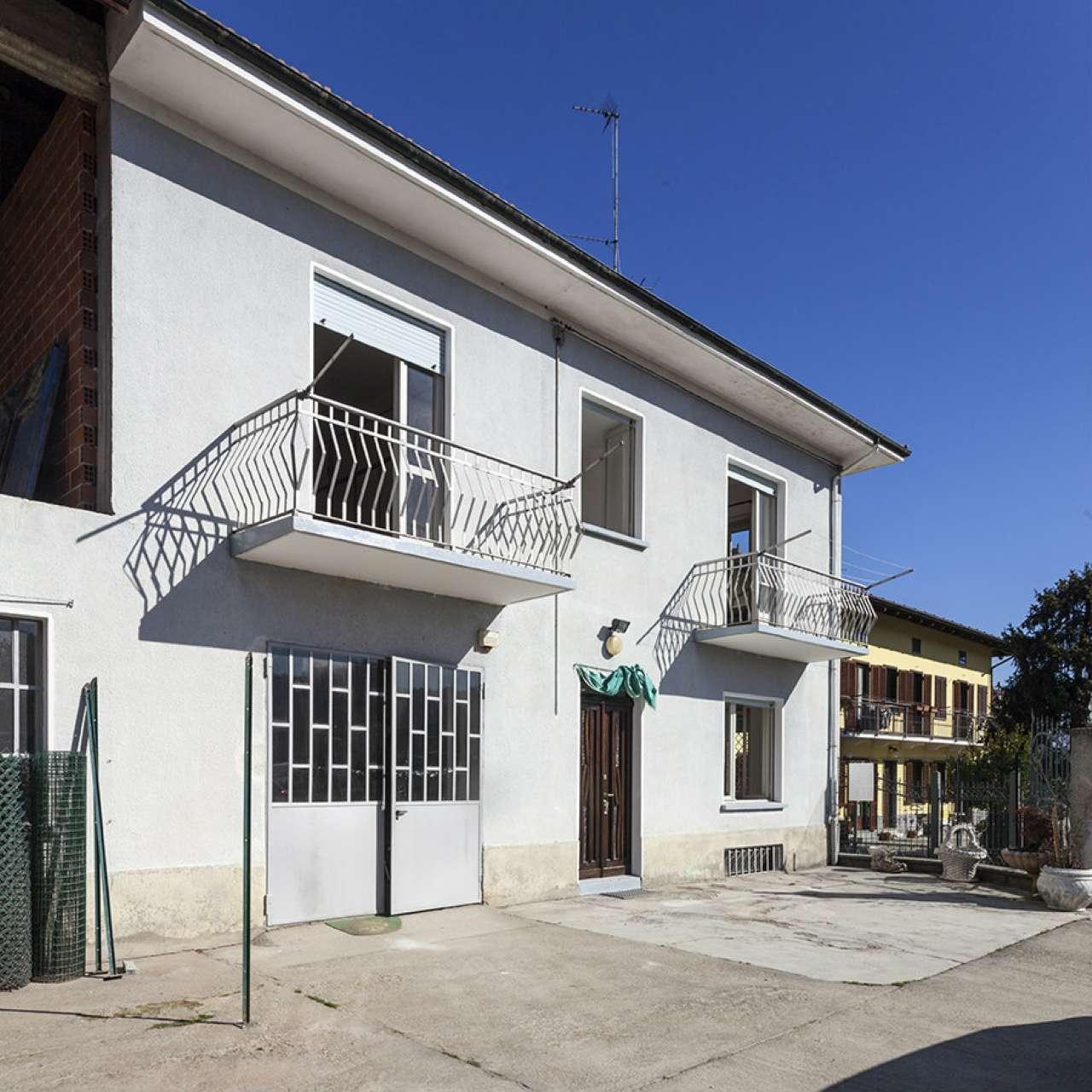 Soluzione Indipendente in affitto a Castiglione Torinese, 6 locali, prezzo € 750 | CambioCasa.it
