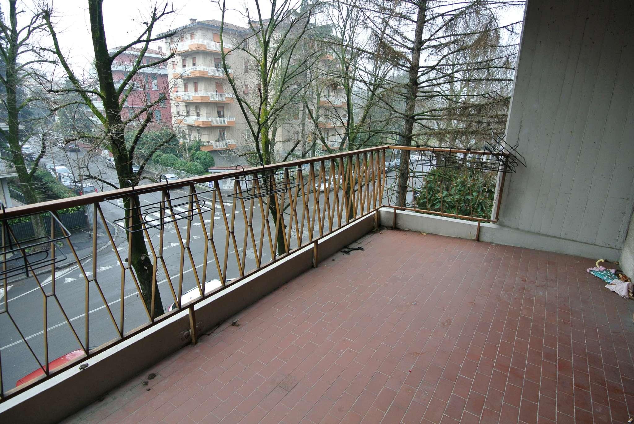 Signorile quadrilocale arredato con terrazzi, doppi servizi, cantina e garage - Cittadella