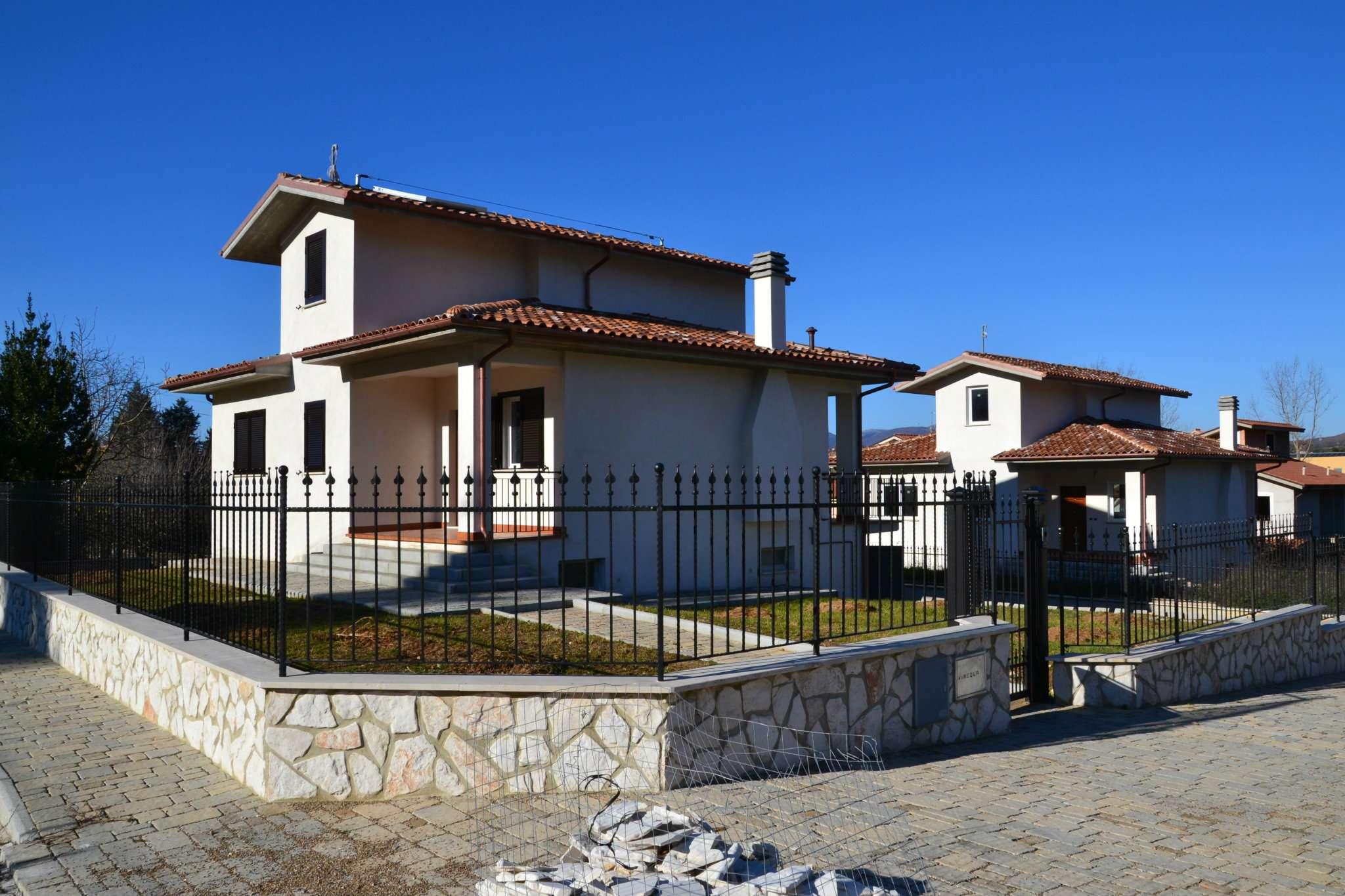 Villa in vendita a Scandriglia, 4 locali, prezzo € 244.000   CambioCasa.it