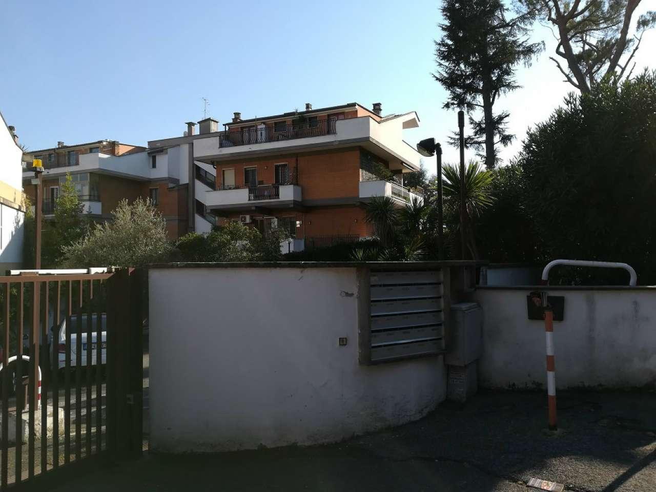 Attico / Mansarda in vendita a Roma, 3 locali, zona Zona: 42 . Cassia - Olgiata, prezzo € 320.000 | CambioCasa.it