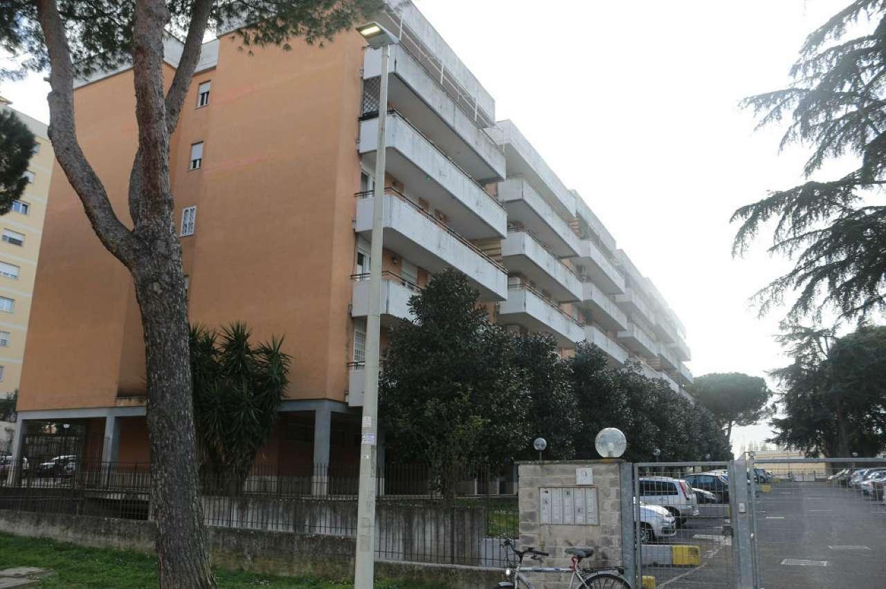 Appartamento in vendita a Roma, 6 locali, zona Zona: 33 . Quarto Casale, Labaro, Valle Muricana, Prima Porta, prezzo € 219.000 | CambioCasa.it