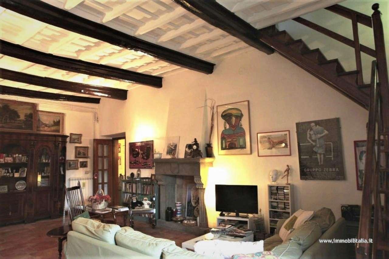 Appartamento in vendita a Capranica, 4 locali, prezzo € 185.000 | PortaleAgenzieImmobiliari.it