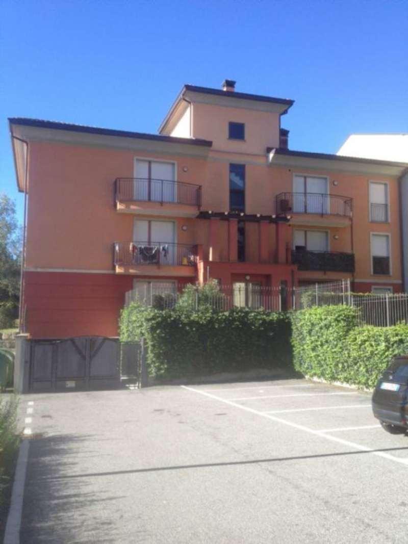 Appartamento in affitto a Laveno-Mombello, 3 locali, prezzo € 520   PortaleAgenzieImmobiliari.it