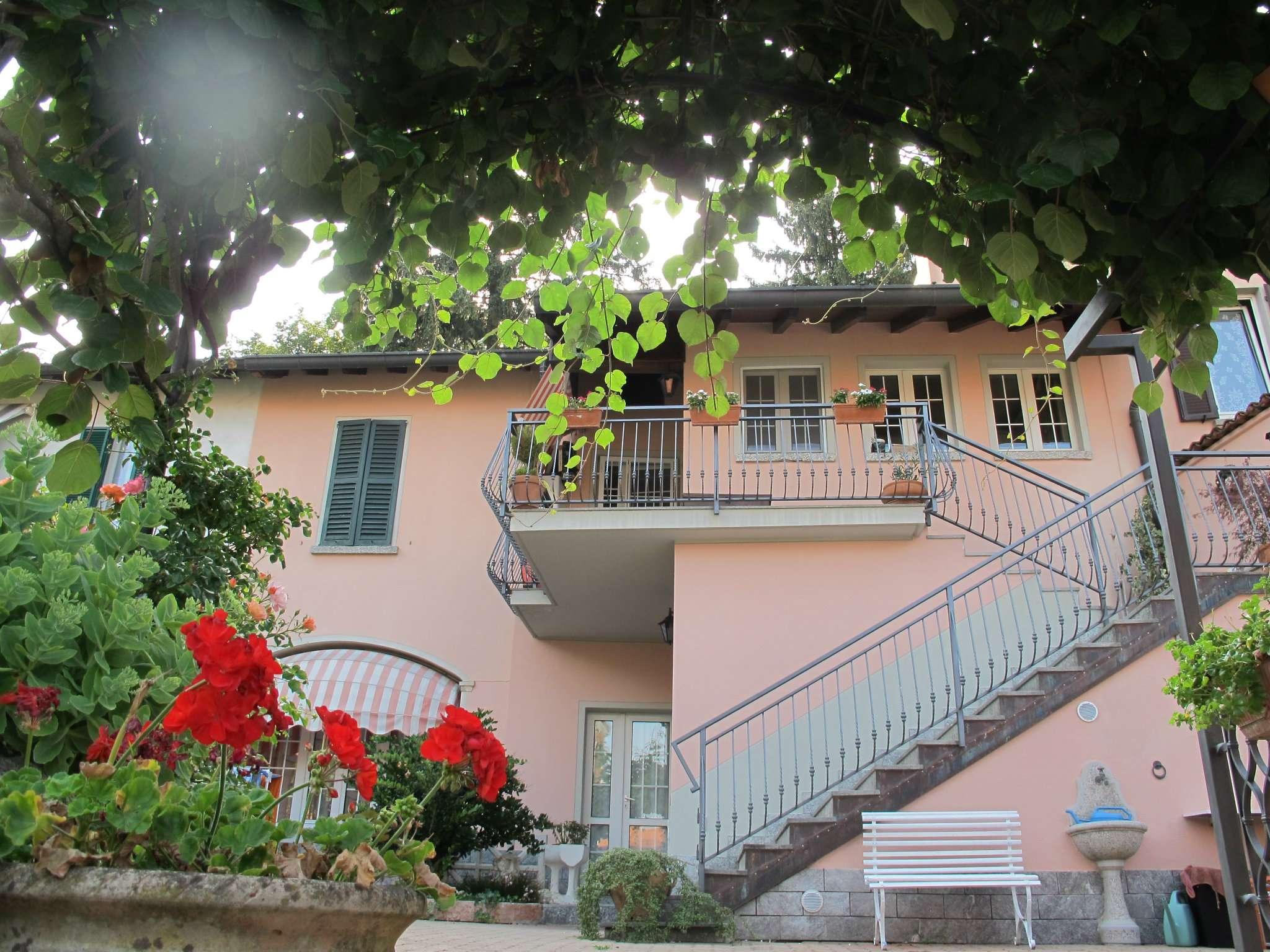 Casa Indipendente in buone condizioni parzialmente arredato in vendita Rif. 8647149