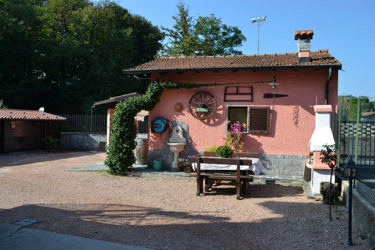Appartamento in vendita a Marchirolo, 3 locali, prezzo € 215.000 | CambioCasa.it
