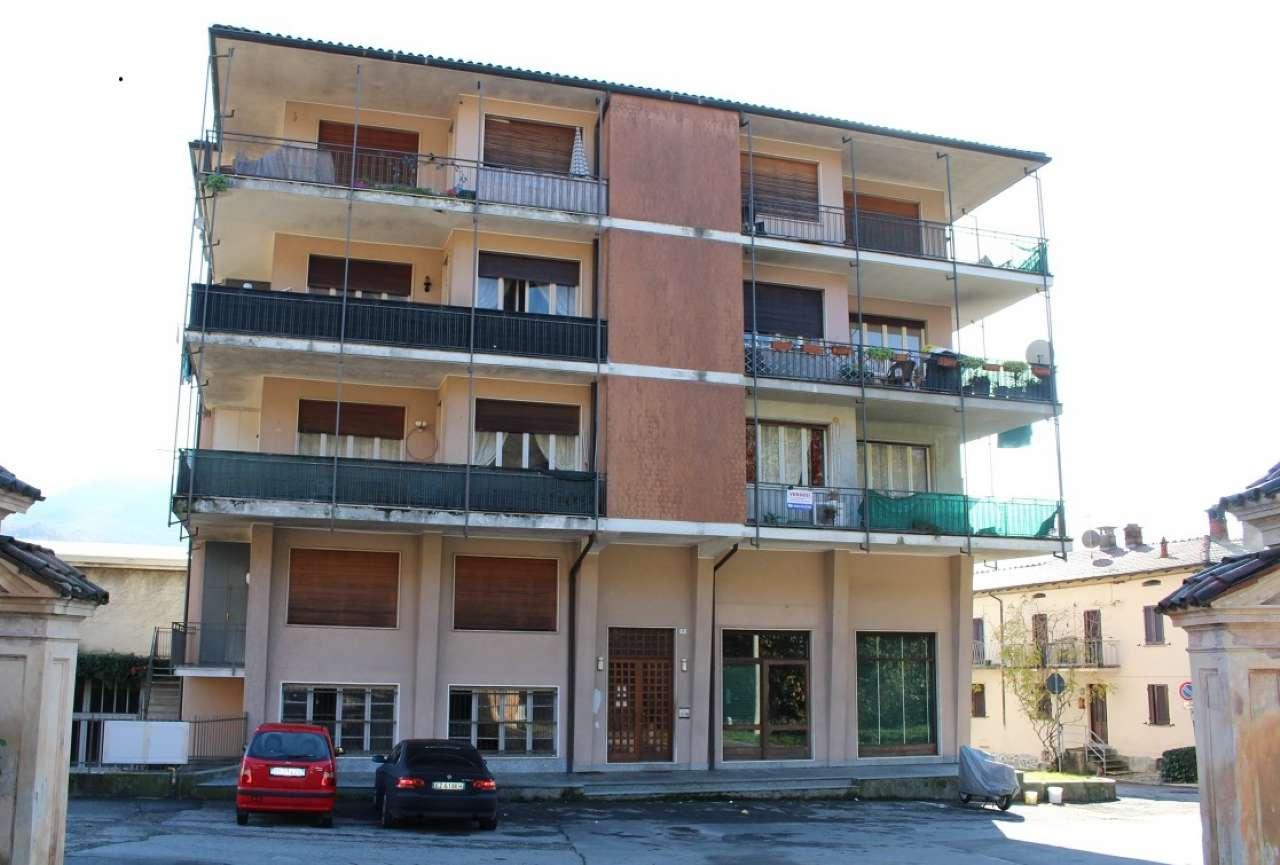 Appartamento in vendita a Casalzuigno, 3 locali, prezzo € 138.000 | CambioCasa.it