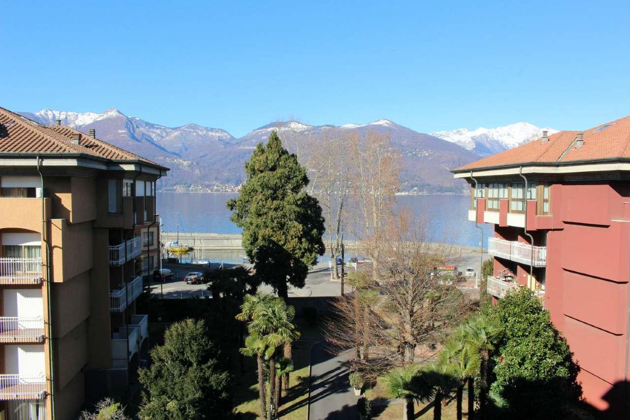 Appartamento in vendita a Luino, 3 locali, prezzo € 255.000 | CambioCasa.it