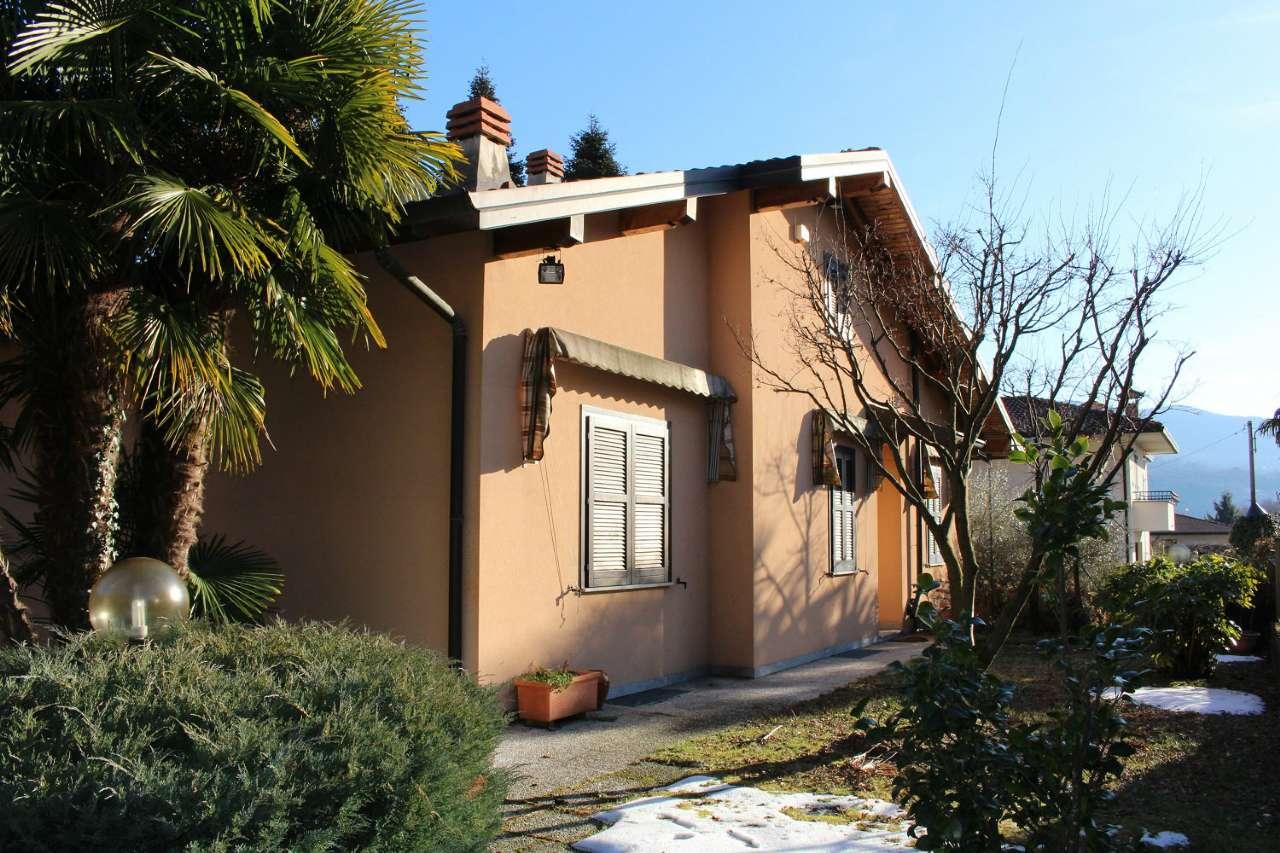 Soluzione Indipendente in vendita a Cuveglio, 5 locali, prezzo € 330.000 | CambioCasa.it