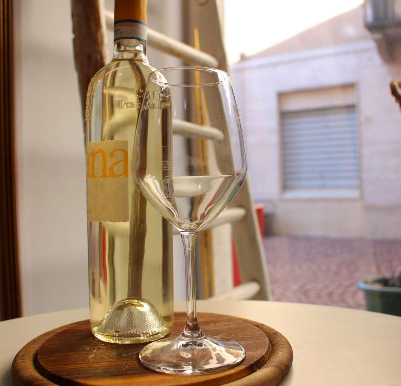 Bar in vendita a Luino, 1 locali, prezzo € 65.000 | PortaleAgenzieImmobiliari.it