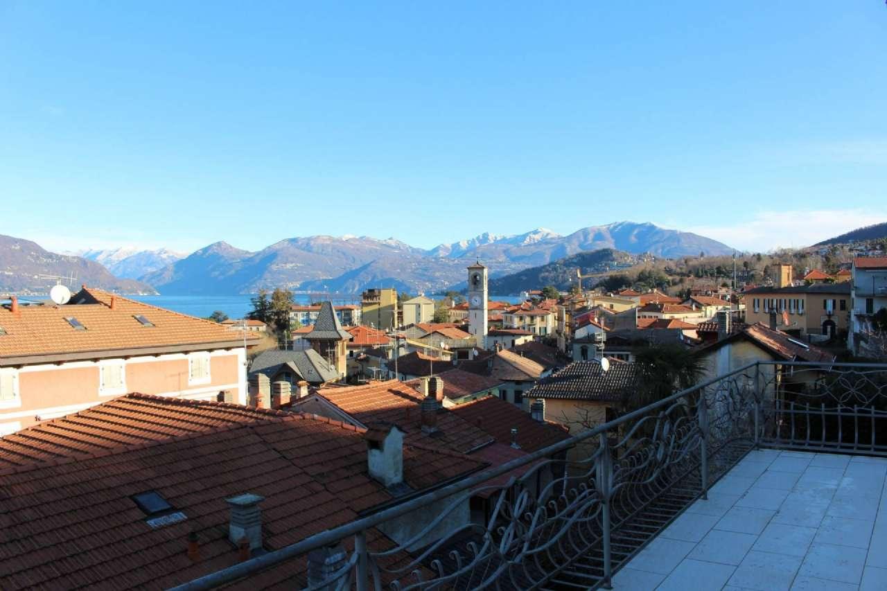 Appartamento in vendita a Porto Valtravaglia, 6 locali, prezzo € 190.000 | CambioCasa.it