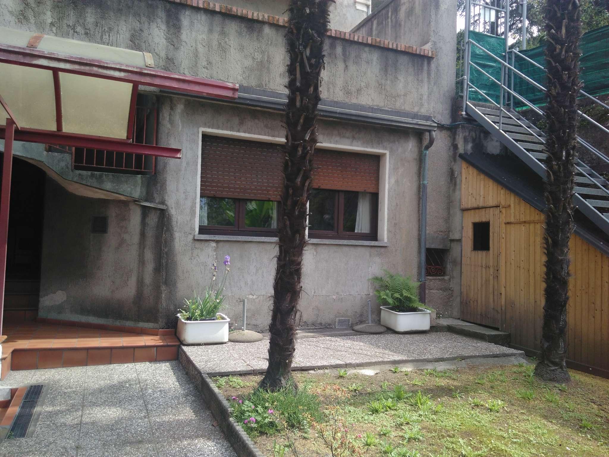Appartamento in vendita a Luino, 2 locali, prezzo € 40.000 | PortaleAgenzieImmobiliari.it