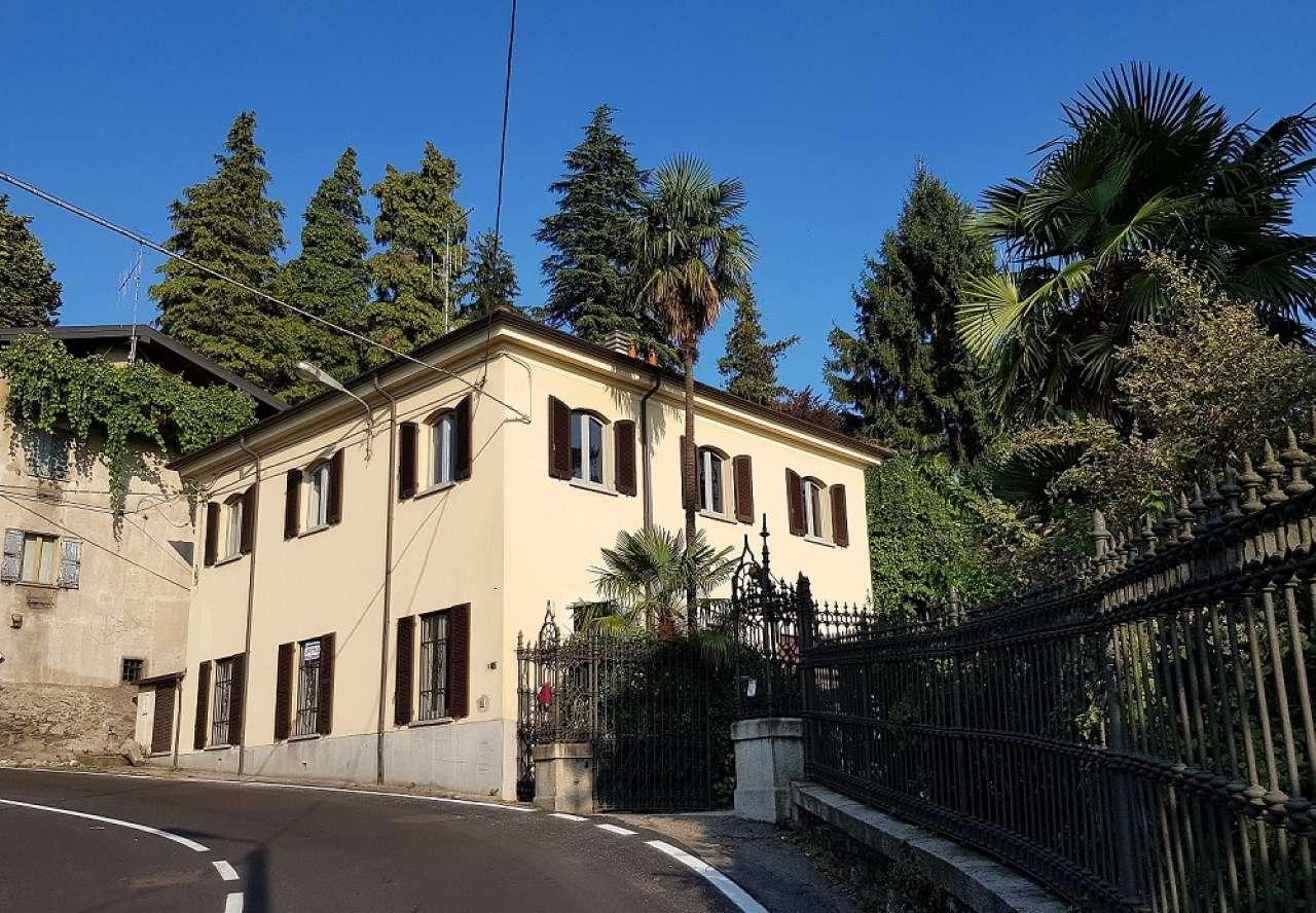 Soluzione Indipendente in affitto a Luino, 4 locali, prezzo € 1.000 | PortaleAgenzieImmobiliari.it