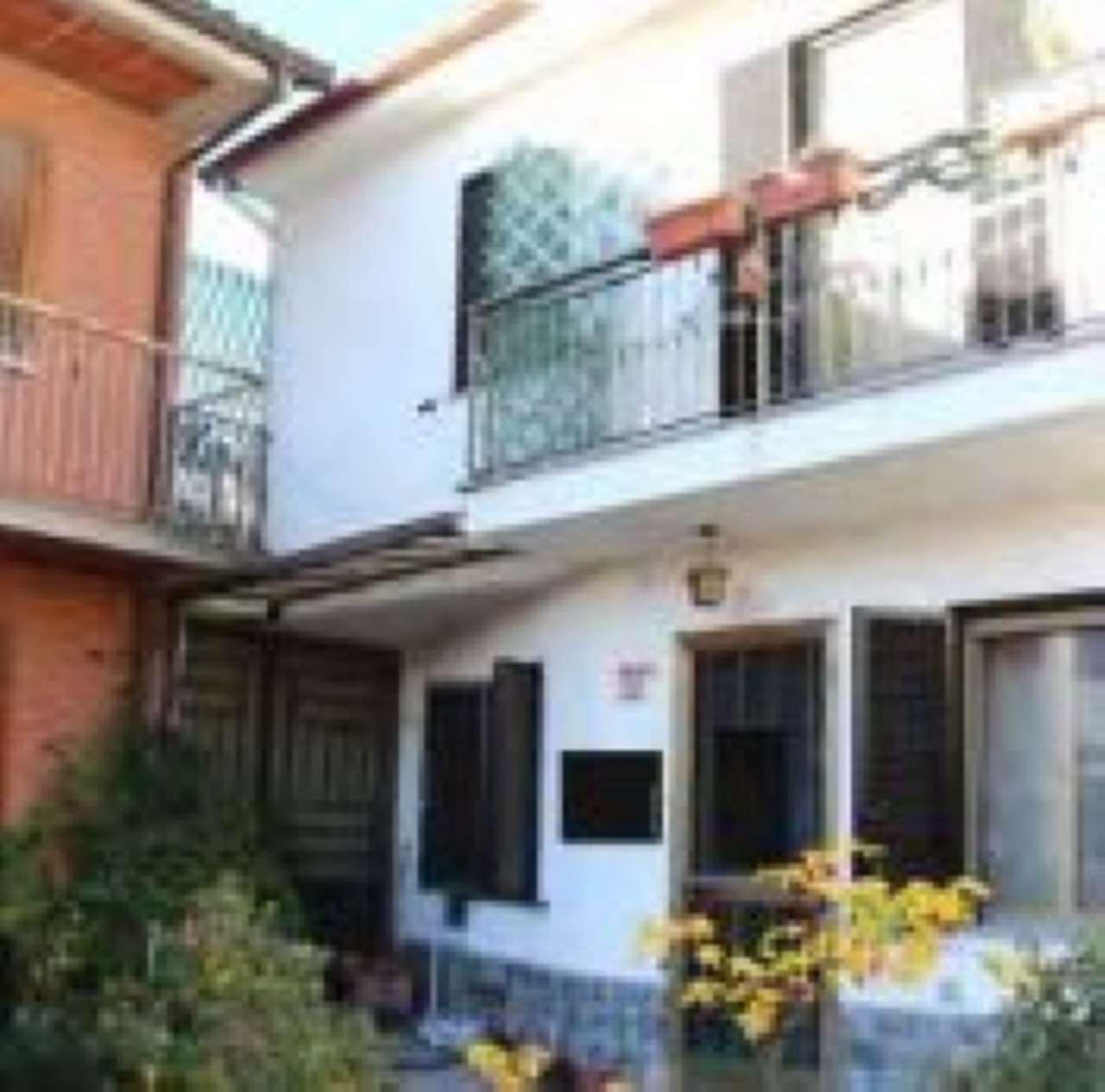 Casa Indipendente in buone condizioni in vendita Rif. 5590879