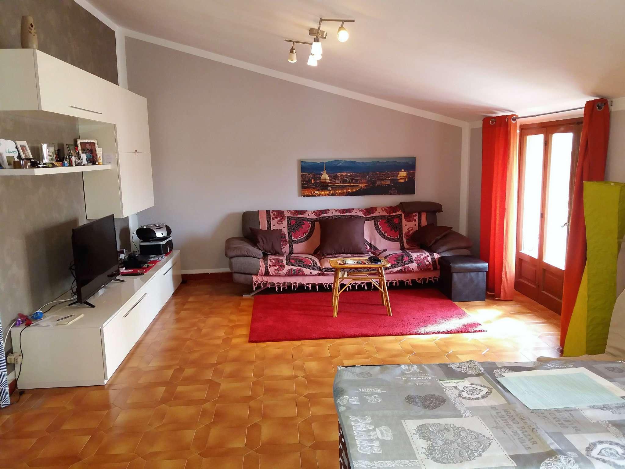 Appartamento in ottime condizioni arredato in affitto Rif. 7811255