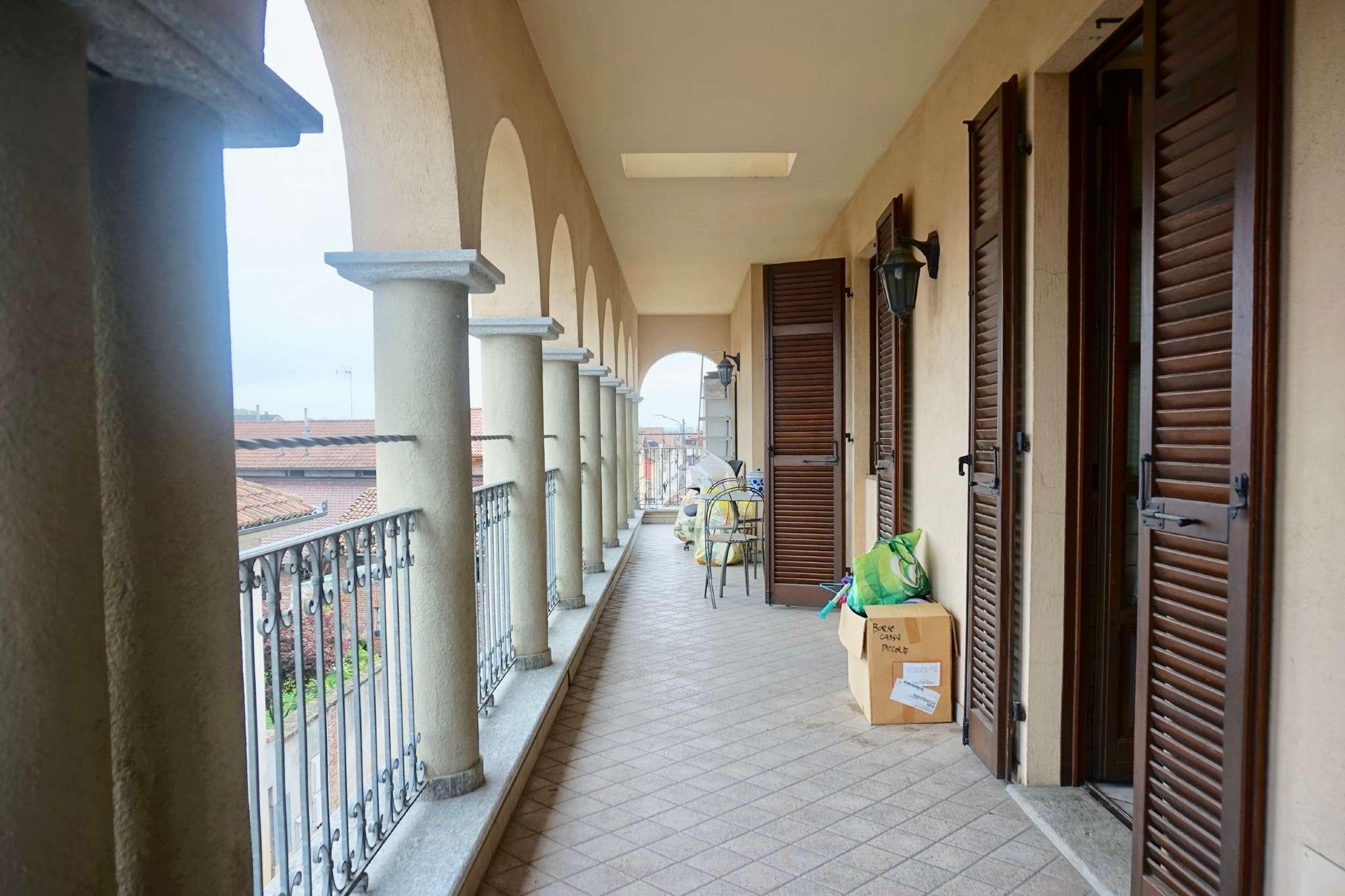 Appartamento in ottime condizioni arredato in affitto Rif. 8550767