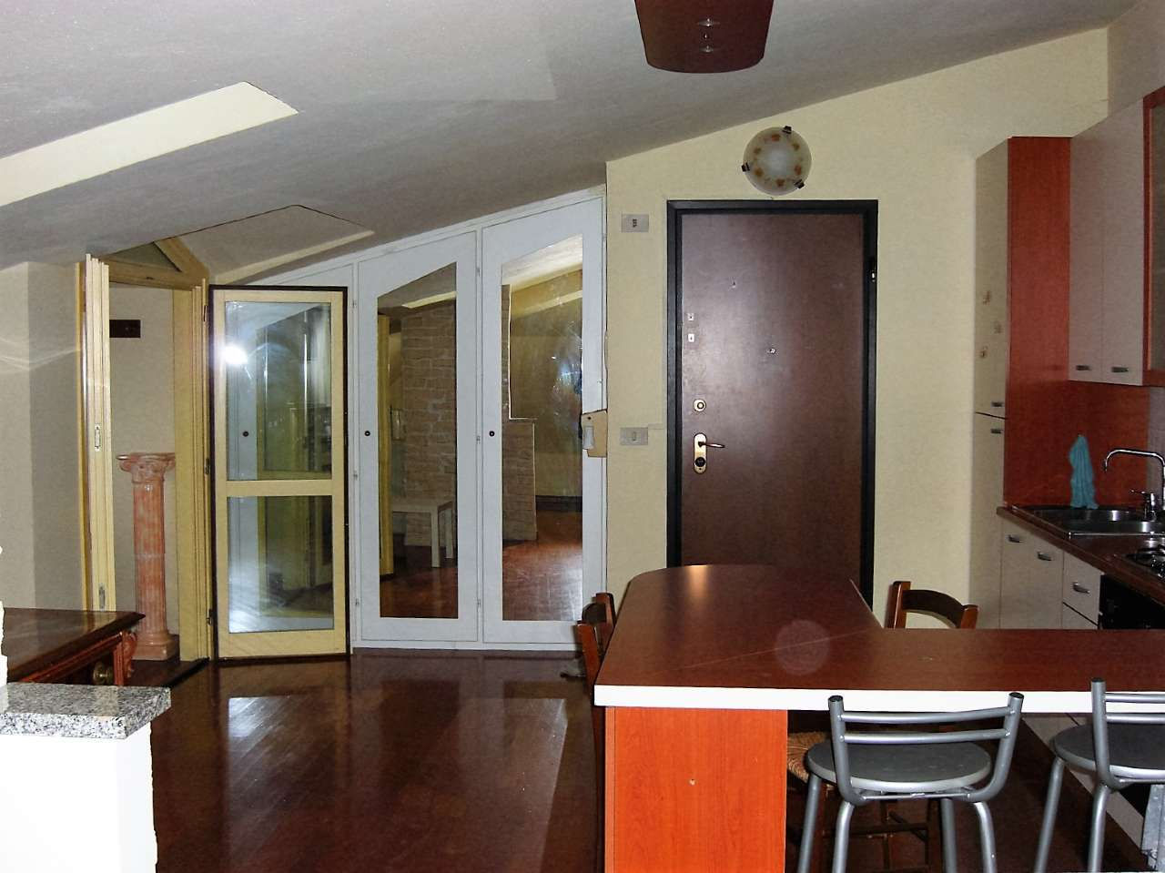 Appartamento in ottime condizioni arredato in affitto Rif. 8576966