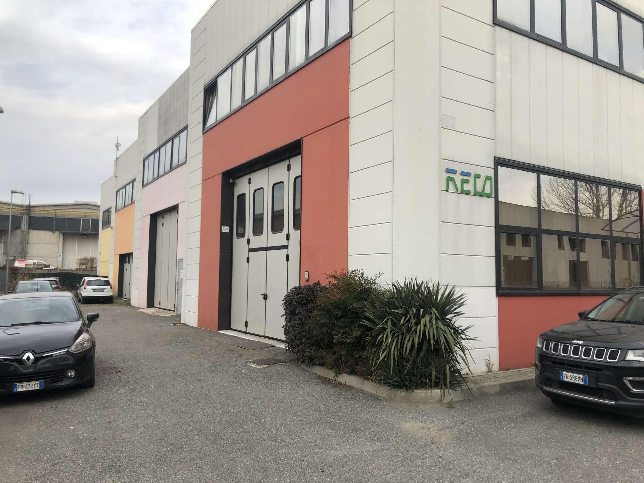 Magazzino in affitto a Rosta, 2 locali, prezzo € 720 | PortaleAgenzieImmobiliari.it