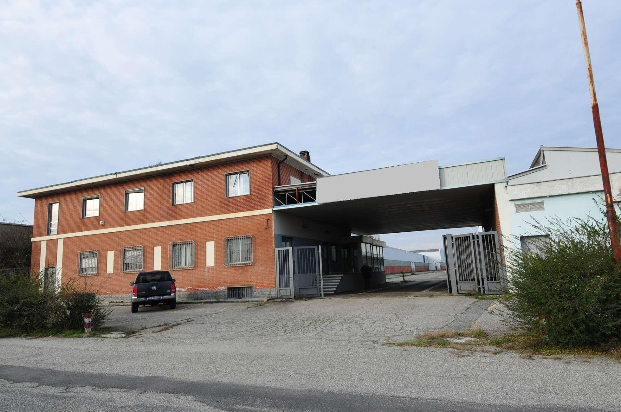 Capannone in vendita a Casale Monferrato, 50 locali, prezzo € 4.500.000 | PortaleAgenzieImmobiliari.it