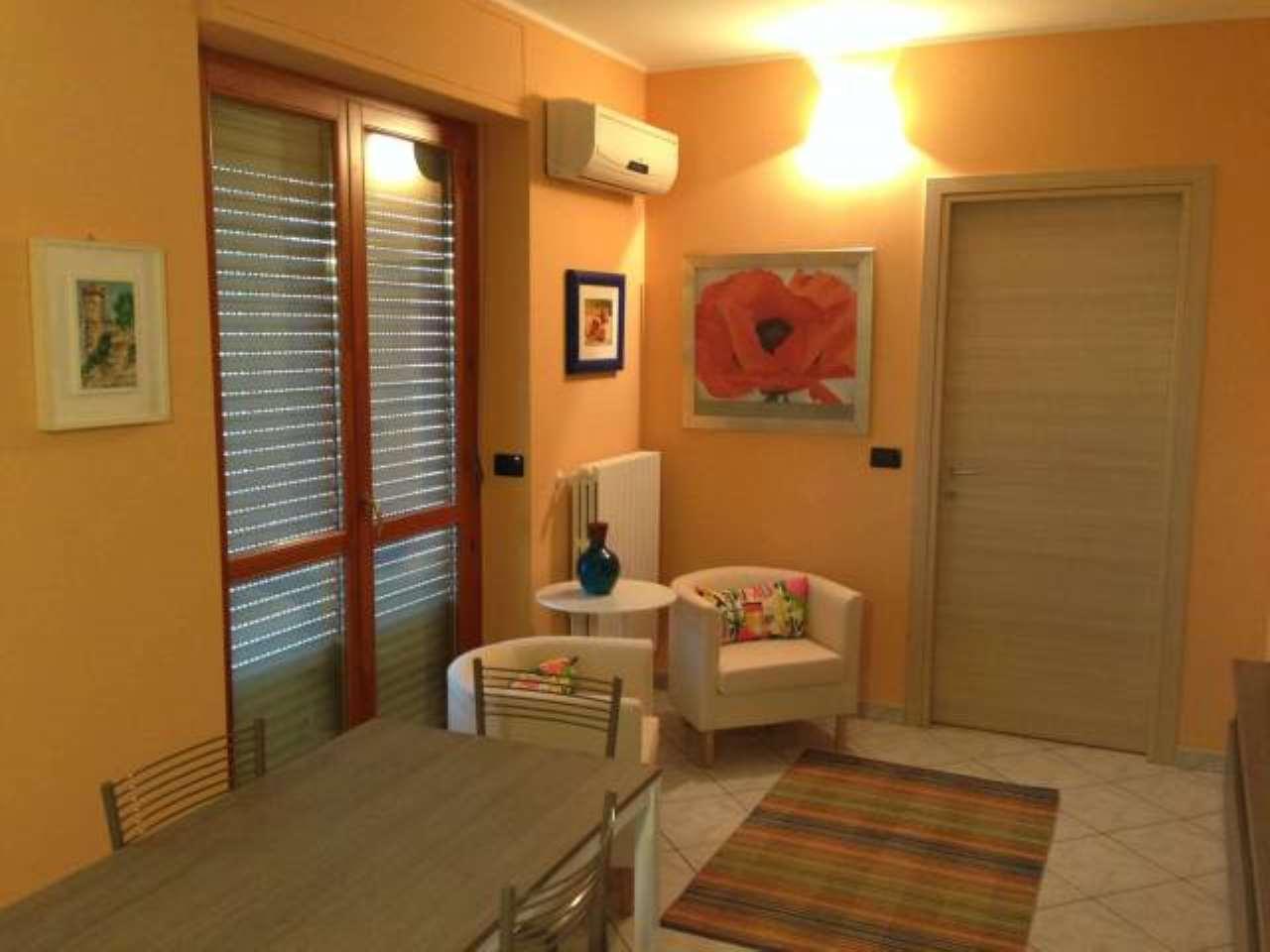 Appartamento in affitto Zona Mirafiori - strada Del Portone  25 Torino
