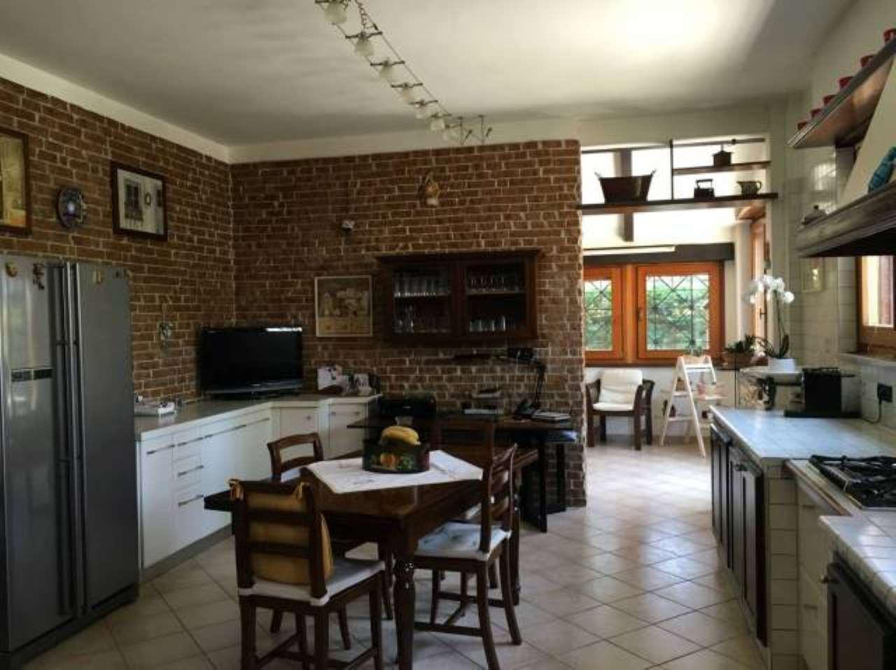 Villa in vendita via Monte Rosa Vinovo