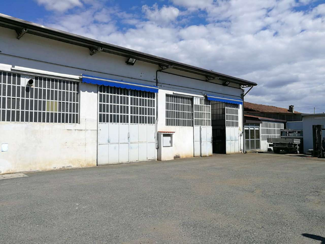 Capannone in vendita via Panealba Volvera