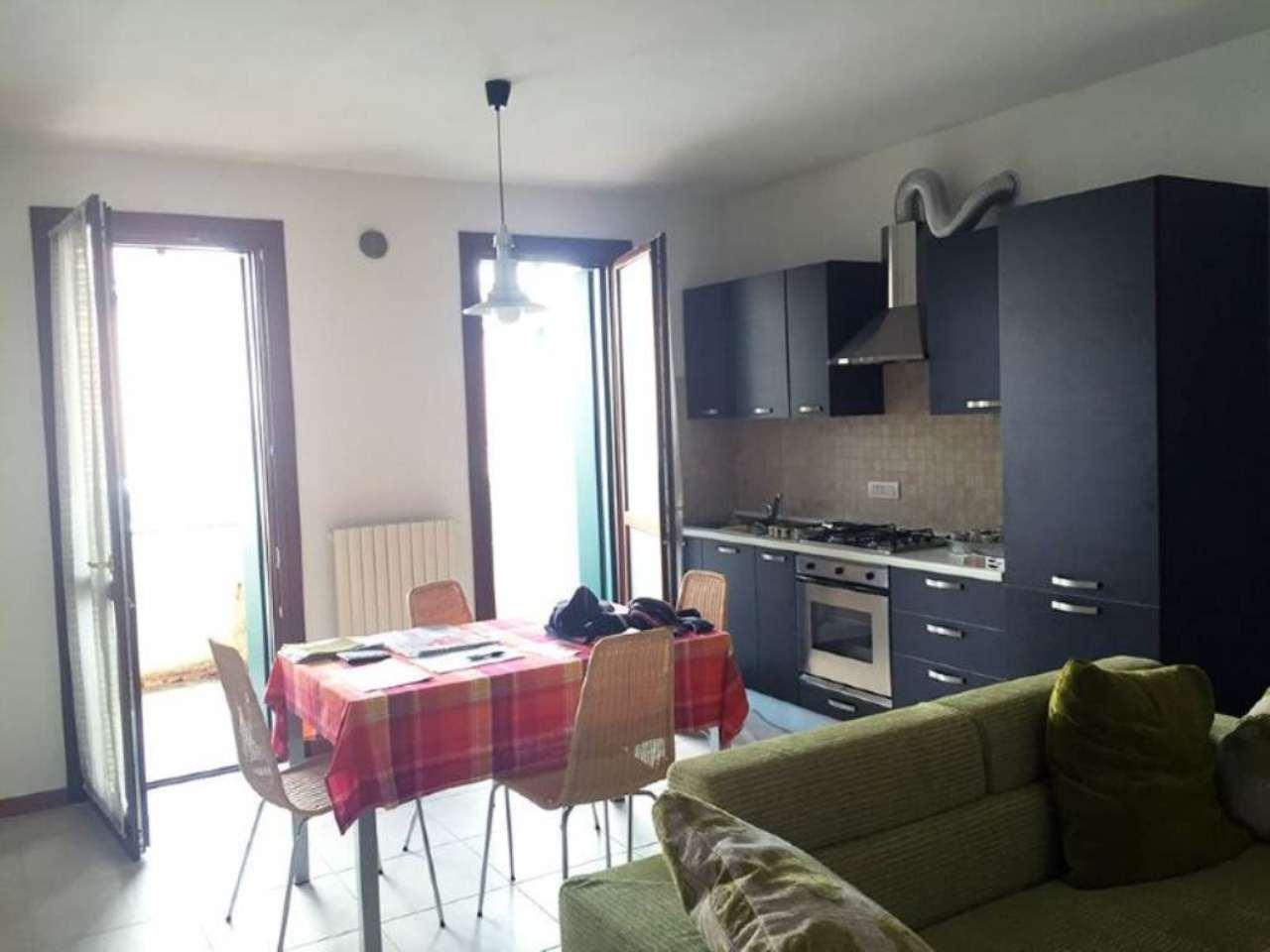 Appartamento in ottime condizioni in vendita Rif. 5027011