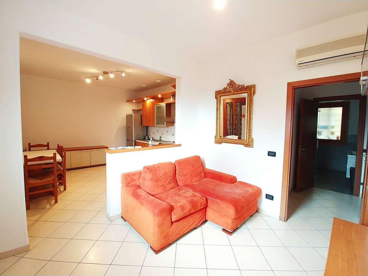 Appartamento ristrutturato arredato in affitto Rif. 7620103