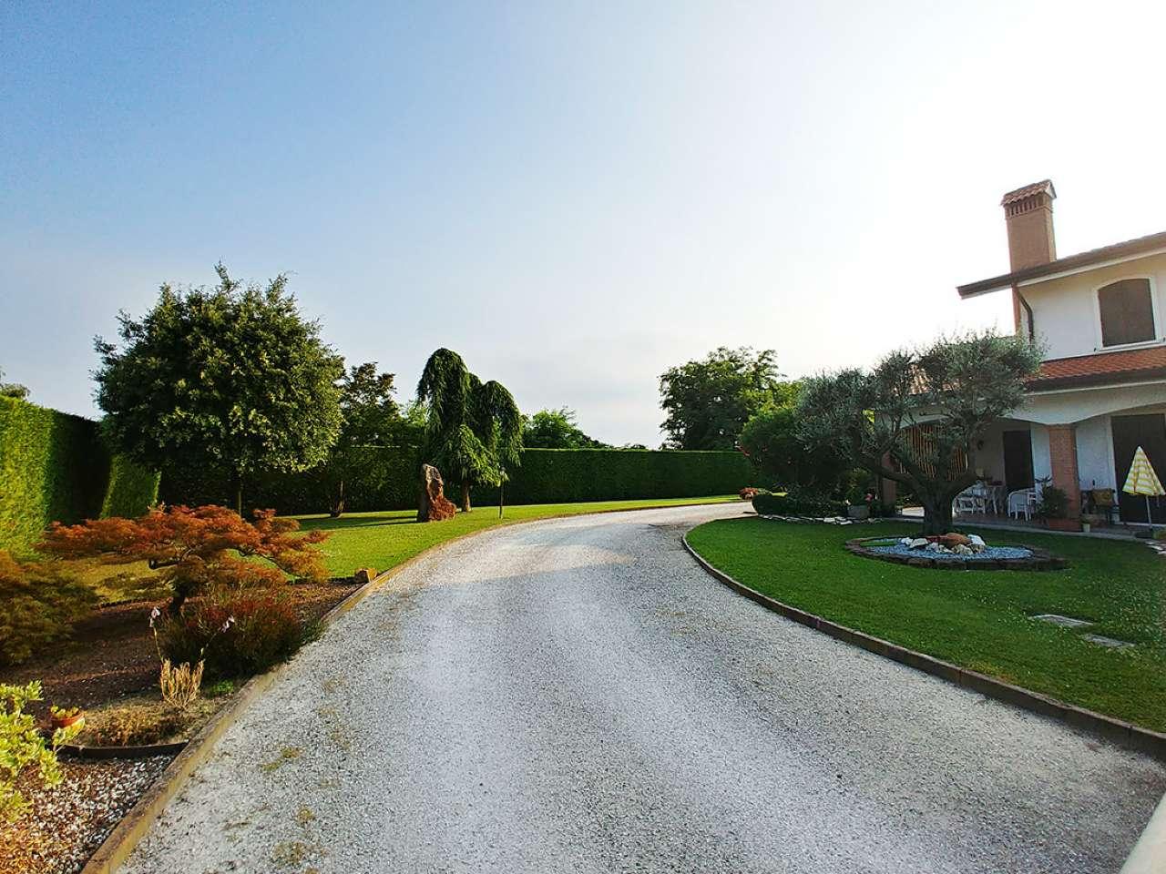 Villetta a schiera in ottime condizioni in vendita Rif. 7244336