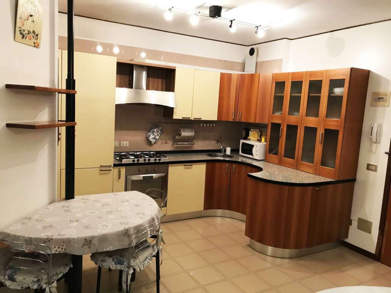 Appartamento in vendita a Santa Maria di Sala, 4 locali, prezzo € 129.000 | CambioCasa.it