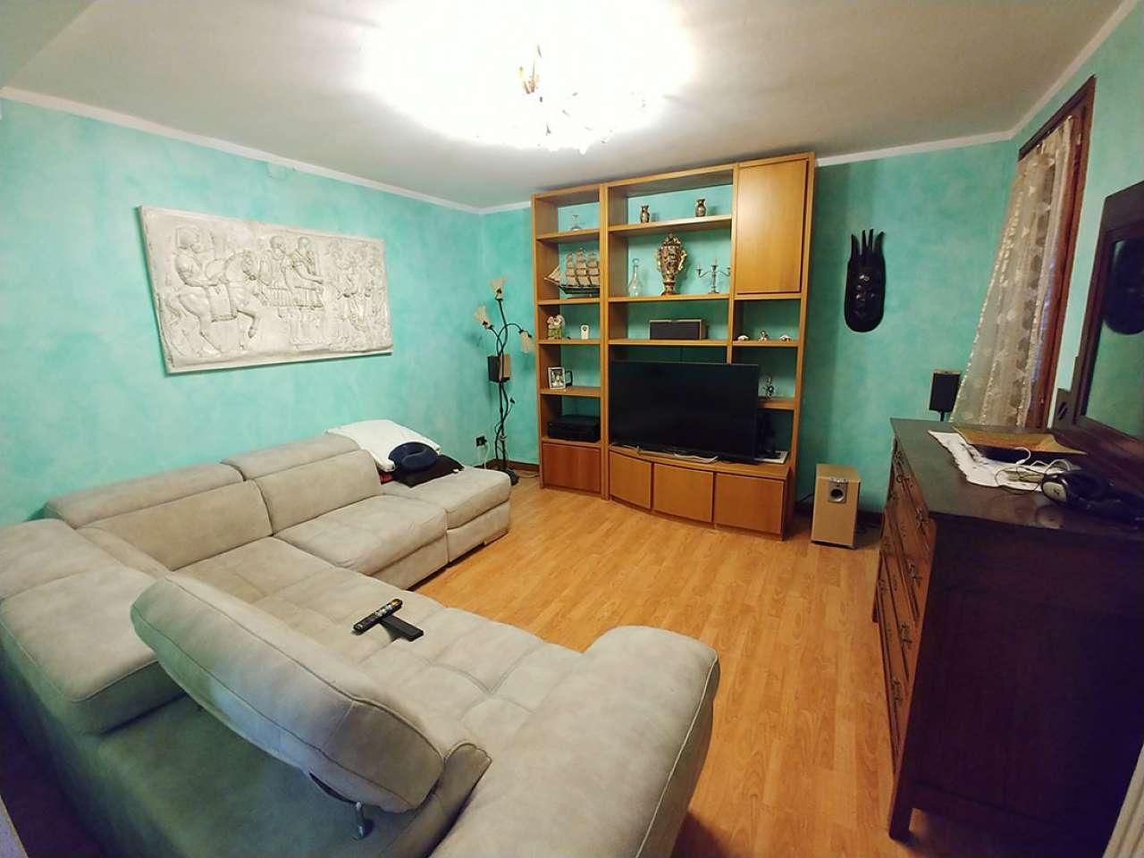 Casa Indipendente in condizioni mediocri in vendita Rif. 8719956
