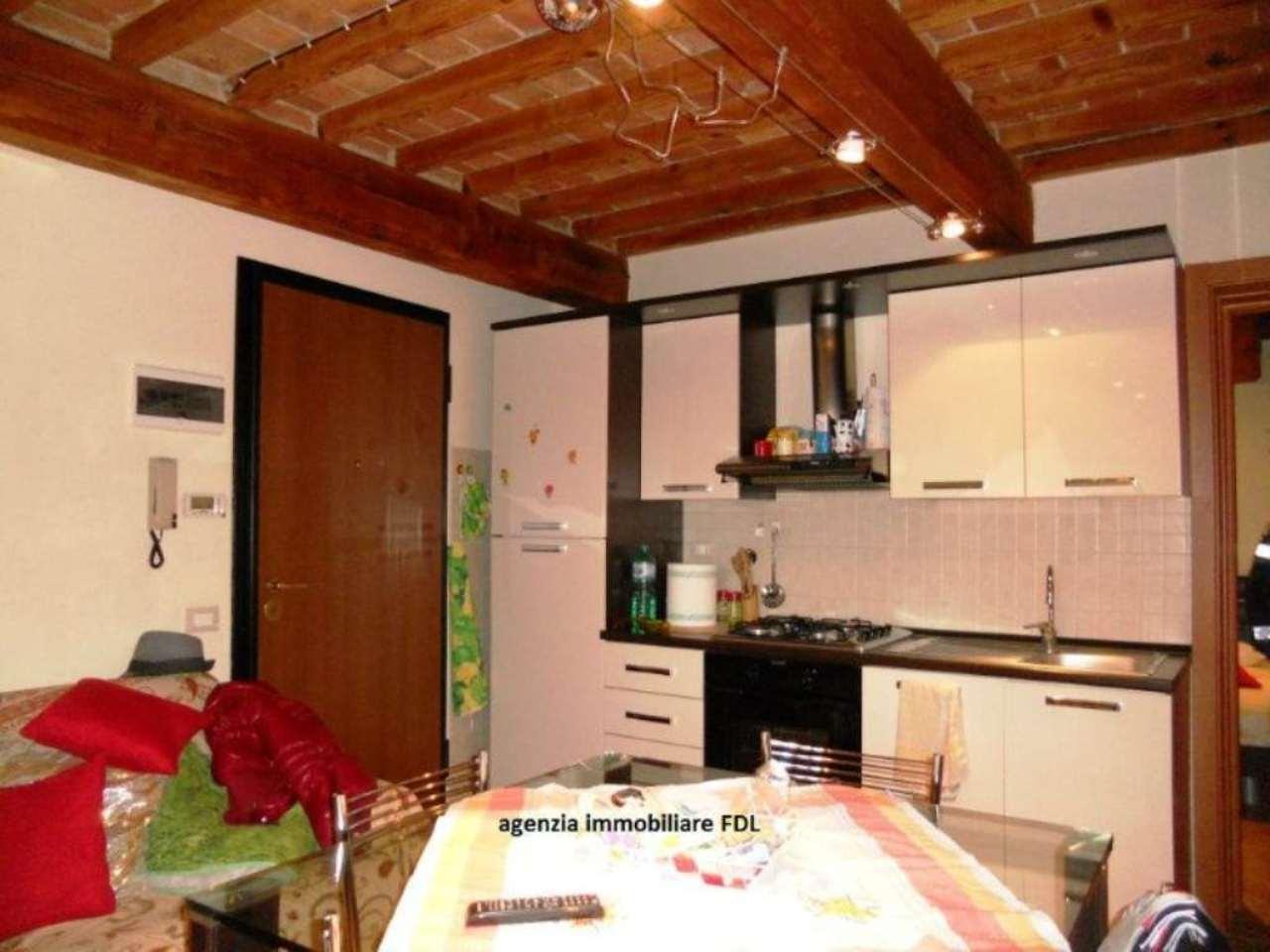 Appartamento ristrutturato arredato in vendita Rif. 5027543
