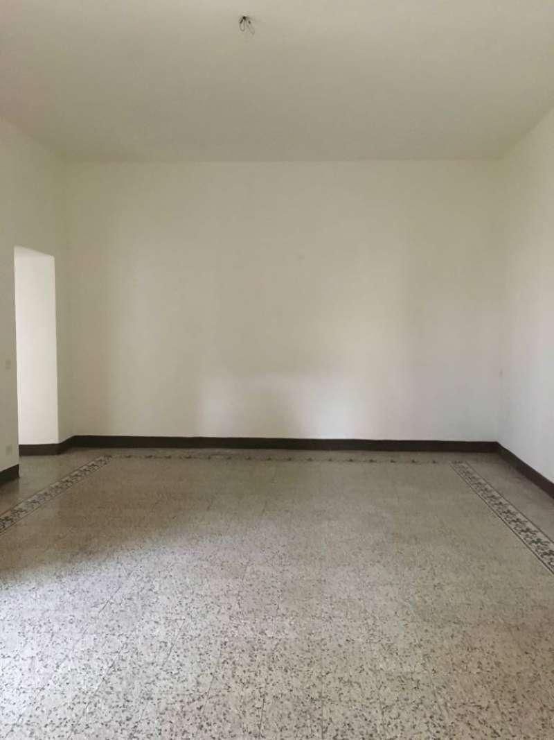 Appartamento in affitto a Asciano, 4 locali, prezzo € 450 | CambioCasa.it