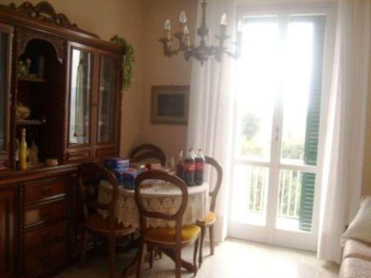 Appartamento in buone condizioni parzialmente arredato in vendita Rif. 5027502
