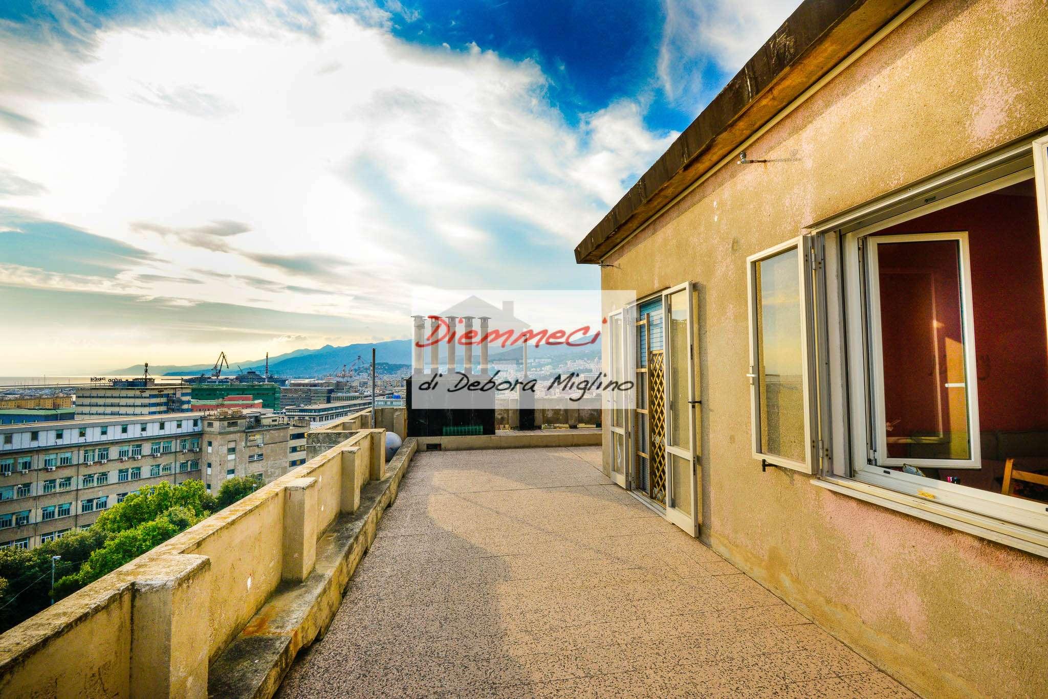 Attico / Mansarda in vendita a Genova, 6 locali, zona Sestri Ponente, Medio Ponente, prezzo € 198.000   PortaleAgenzieImmobiliari.it