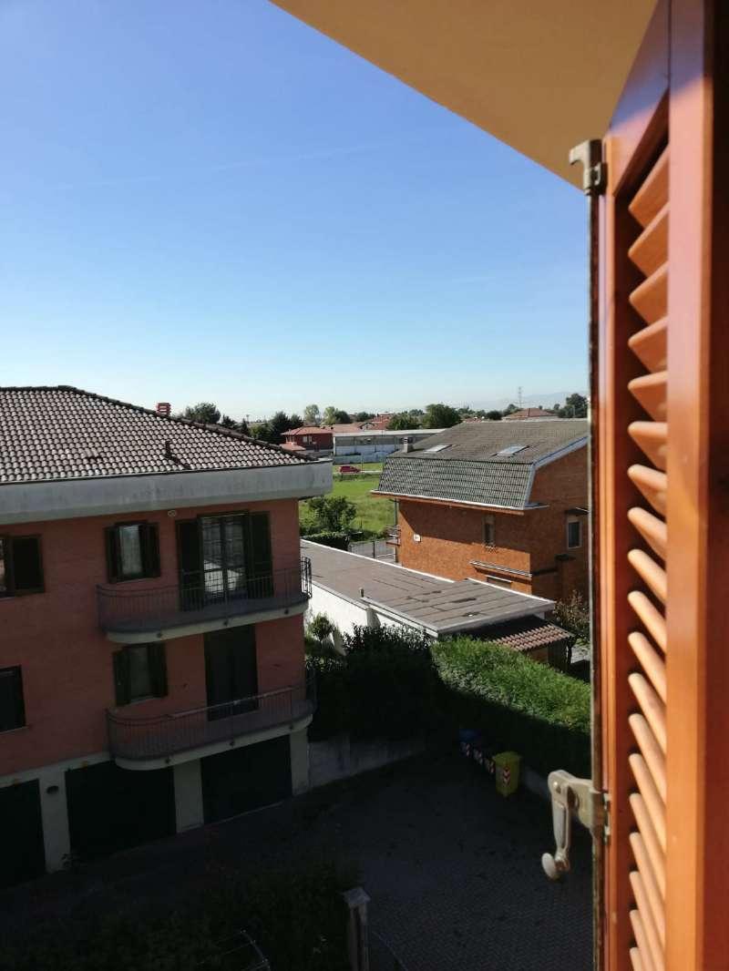 Appartamento in vendita a Leini, 4 locali, prezzo € 179.000   CambioCasa.it