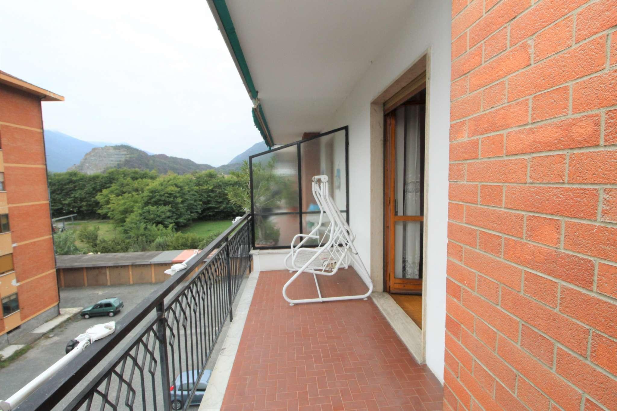 Appartamento in buone condizioni arredato in vendita Rif. 8258120