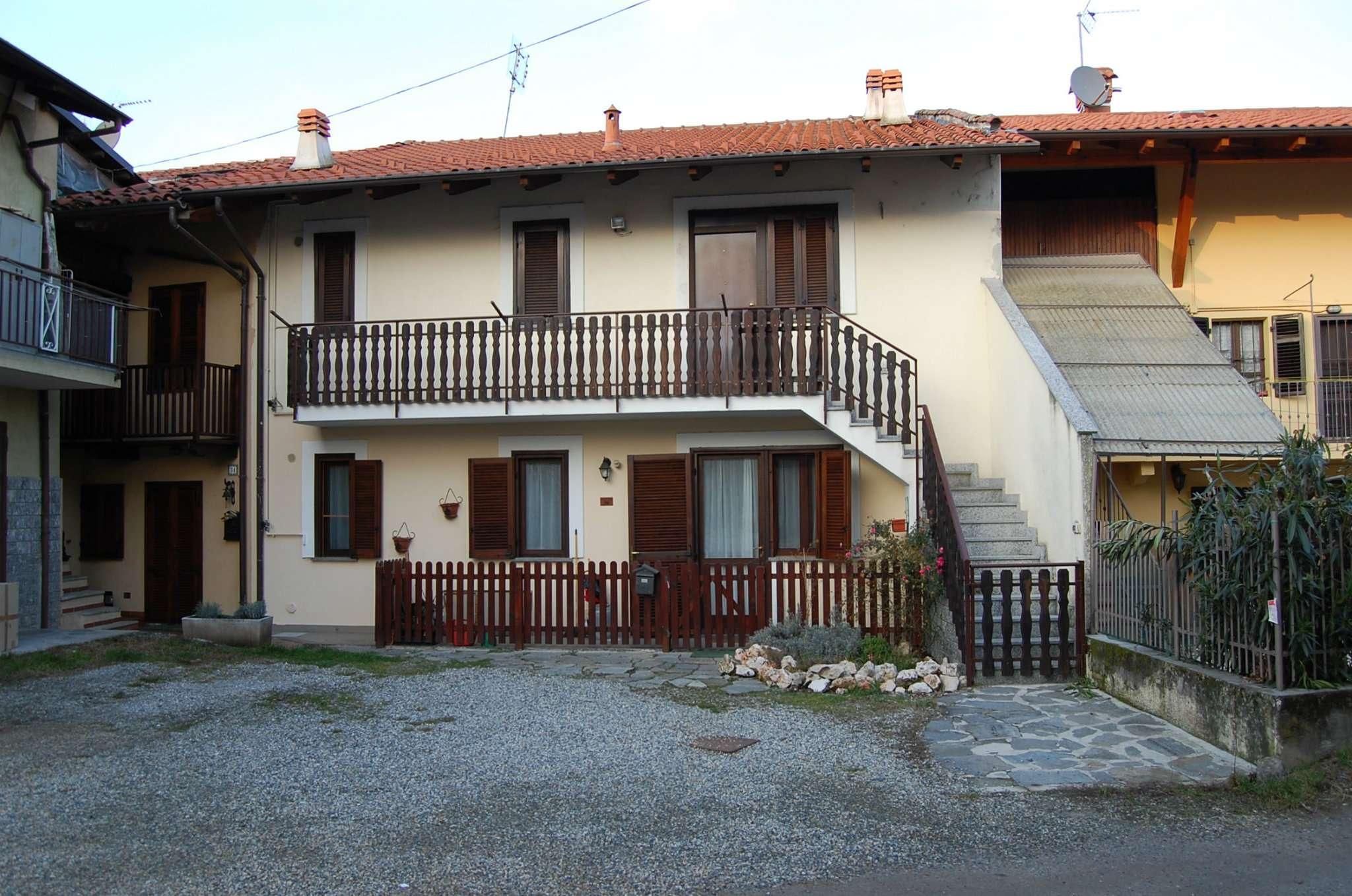 Appartamento in ottime condizioni in vendita Rif. 8151709