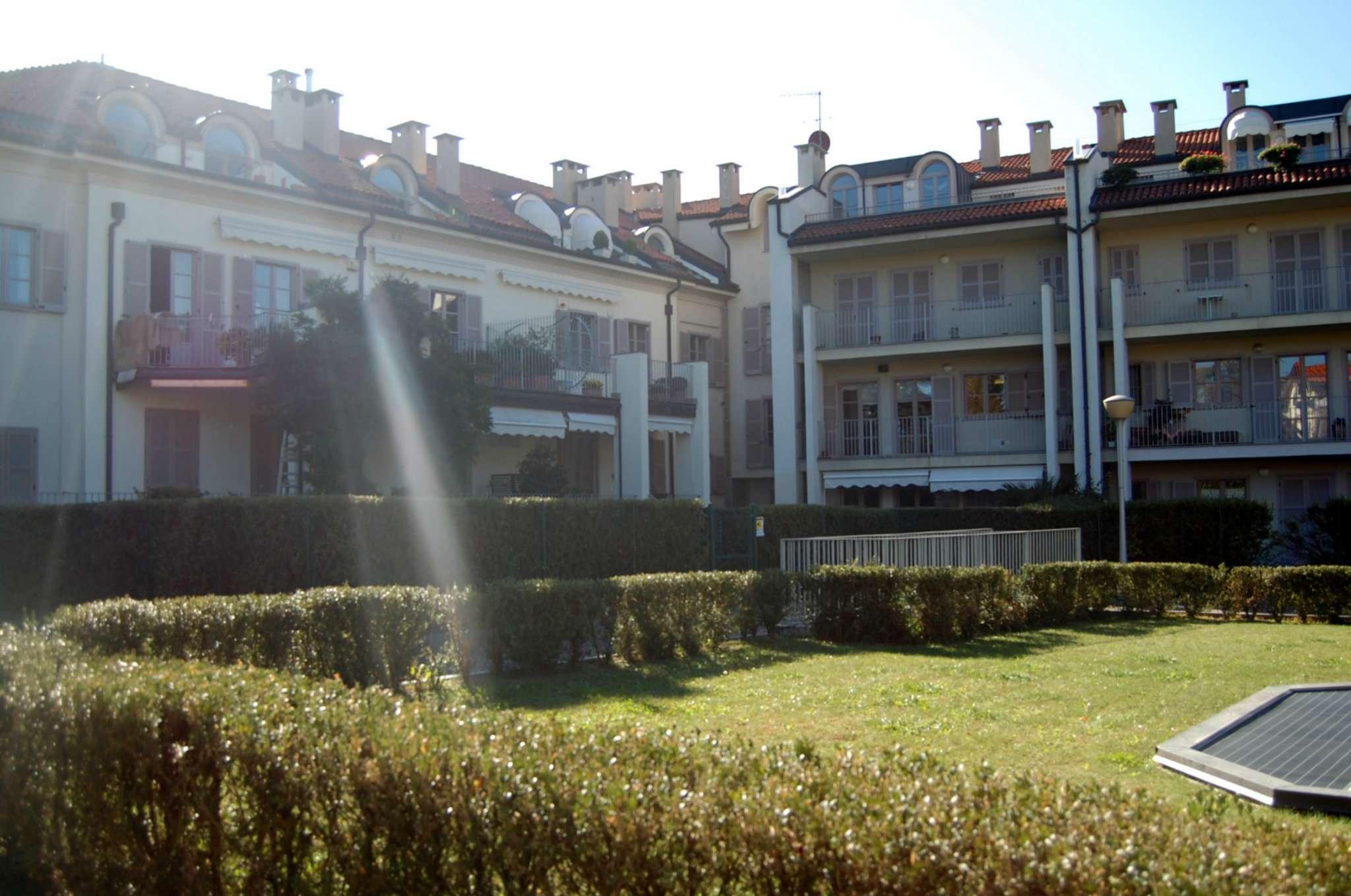 Appartamento in buone condizioni in vendita Rif. 8422803